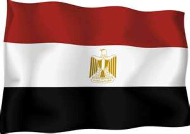 Italy invades Egypt