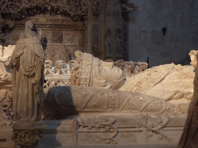 John II dies