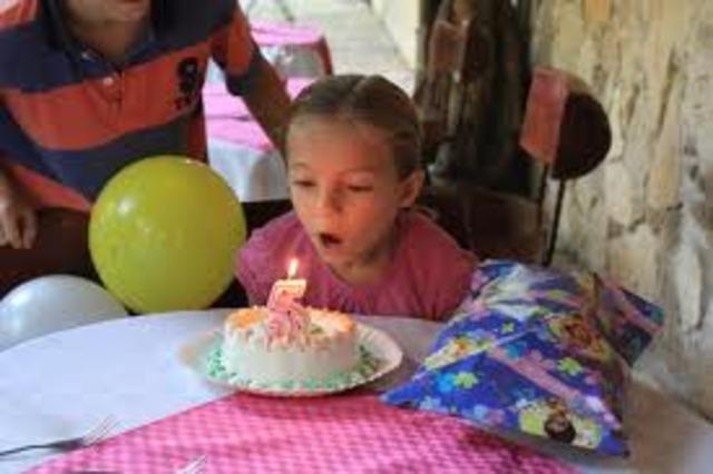 Su quinto cumpleaños