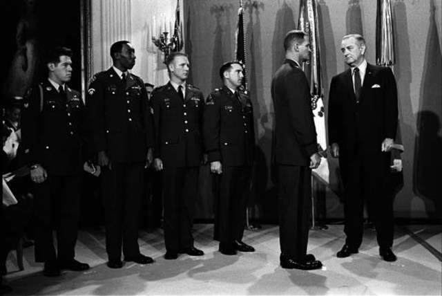 President Johnson awarded Medals of Honor to Vietnam soliders