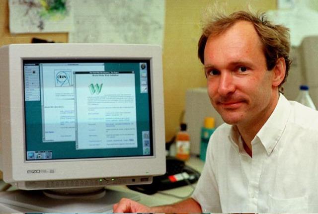 В 1989 году в Европейской лаборатории физики элементарных частиц (CERN, Швейцария, Женева) Тим Бернерс-Ли разработал технологию гипертекстовых документов, позволяющей пользователям иметь доступ к любой информации, находящейся в сети Интернет на компьютера