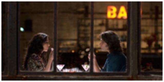 Zinos und Anna im Restaurant