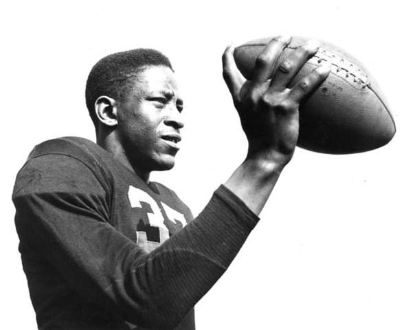 Willie Thrower, NFL Quarterback
