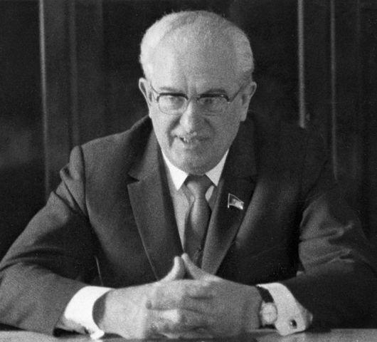 Yuri Andropov (URSS)