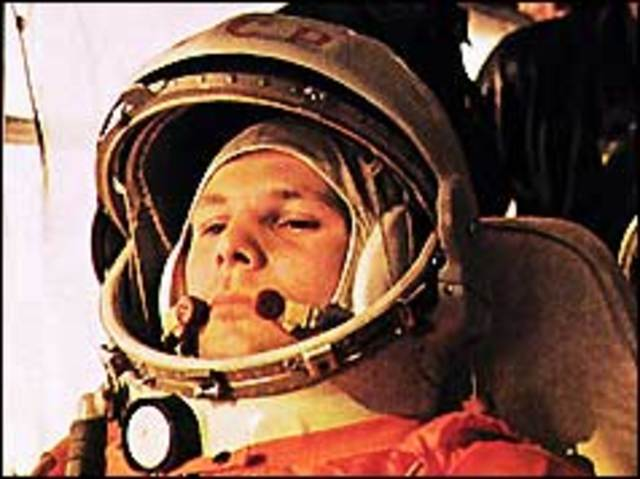 Soviet launchfurst man to space