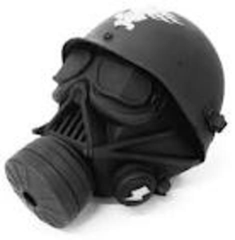 Garrett morgan created the first gas mask.