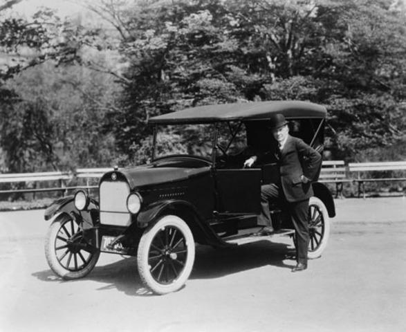 William Durant Forms General Motors