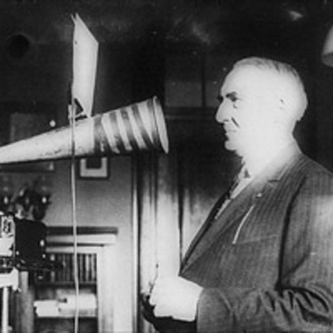 The First Phoography - Thomas Edison