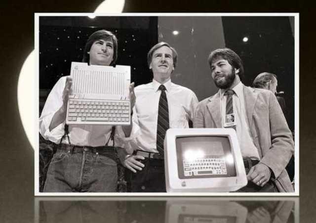 Steve Jobs funda la empresa Apple Computer