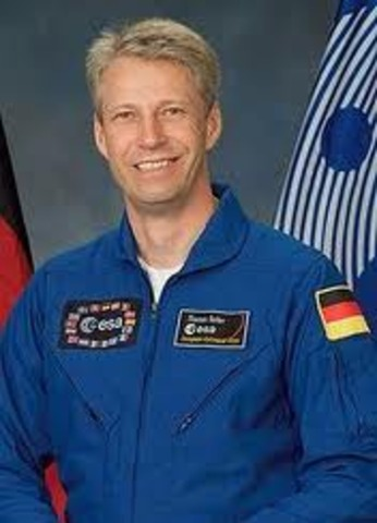 Thomas Reiter becomes the first European Space Agency astronaut