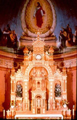 Birdseye altar installed in church