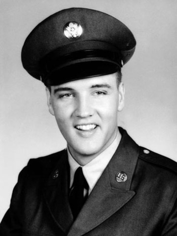 Elvis enters the army