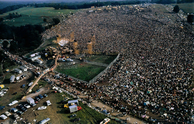 first day of woodstock concert