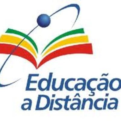 Evolucão da EAD: Foco na oferta de cursos a distância timeline