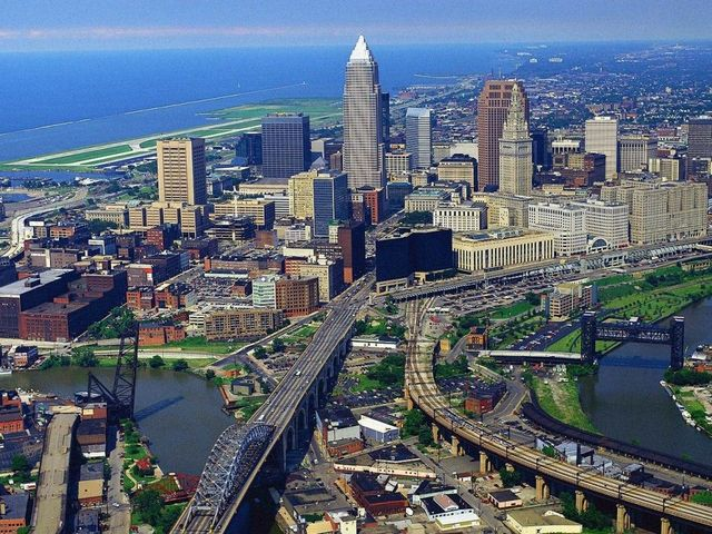Cleveland Ohio Allows Vouchers for Religious Schools