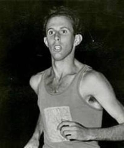 John Landy breaks record