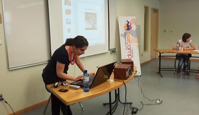 Presentation of Taghinfo at BarCamp Yvn'12