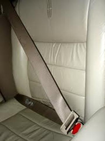 Inventions of the seatbelt