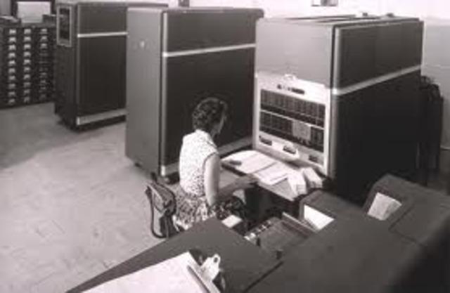 IBM fabricó a IBM 650