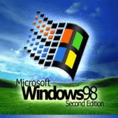Es lanzado al mercado el sistema Windows 98 por parte de Microsoft.