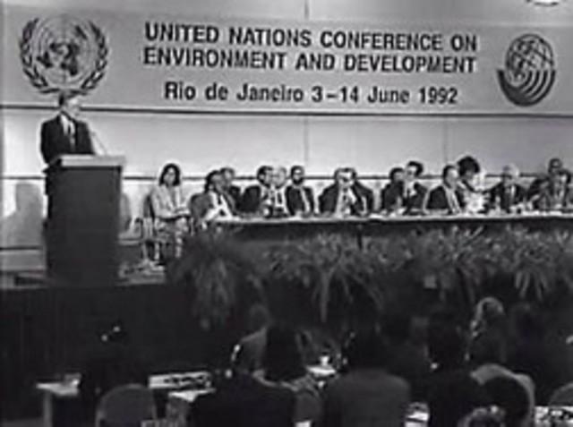 Conferencia de las Naciones Unidas sobre el Medio Ambiente y Desarrollo, Río de Janeiro, Brasil.