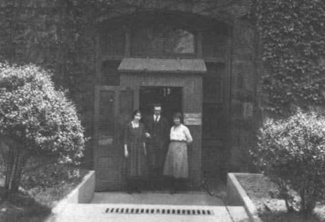 First Psychology Clinic (Green)