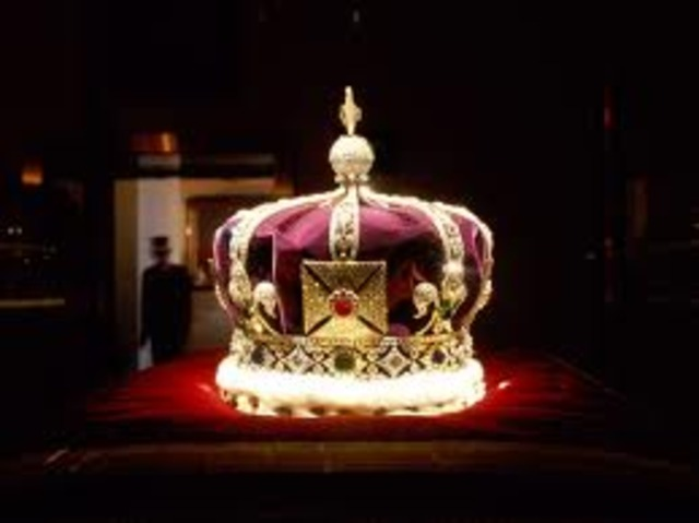 Elizabeth Becoming Queen