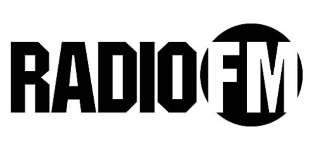 Apparition de la radio FM