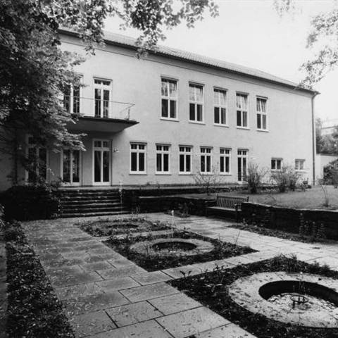 Orff-Centrum (Munich) was opened in July 1990, include research into, as well as the preservation and communication of Carl Orff´s creative work. The centre is a meeting place for academics and artists.