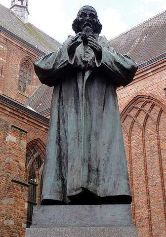 """Comenius publica la obra """"Didàctica Magna""""(primer llibre de text)."""
