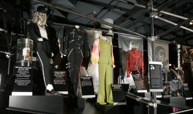 Micheal enters the Rock and Roll Hall of Fame