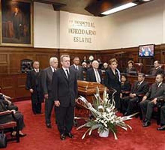 Fallece el Ministro Román Palacios estando en activo