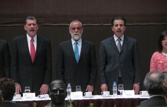 2a votación y rechazo de la 1a. terna para reemplazar al Ministro Castro