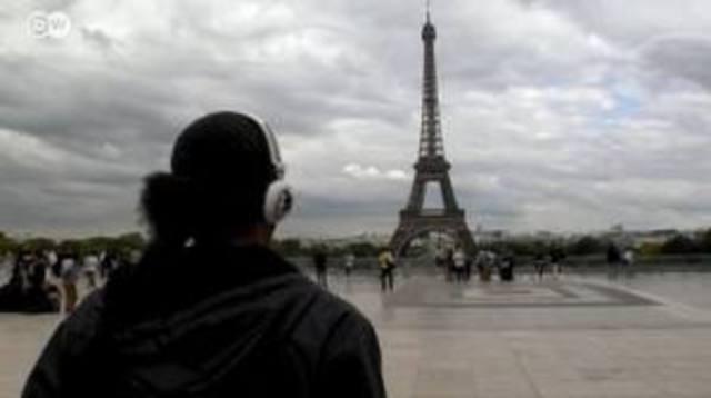 En Paris, 11 Concierges se reúnen por primera vez, con el único objetivo, de intercambiar ideas y experiencias de su profesión.