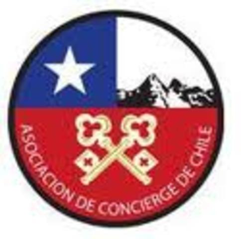 La Asociaciòn de concierges en Chile inició cuando se realizaron los primeros contactos por los concierges en dos hoteles