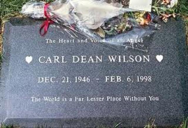 Carl Wilson dies