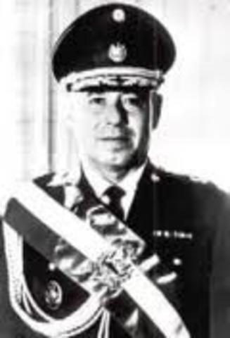 Fidel Sanchez Hernandez (1967-1972)