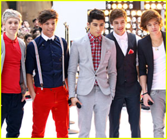 ONE DIRECTION IN today show!