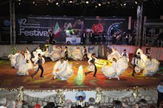 Nace el teatro popular mexicano