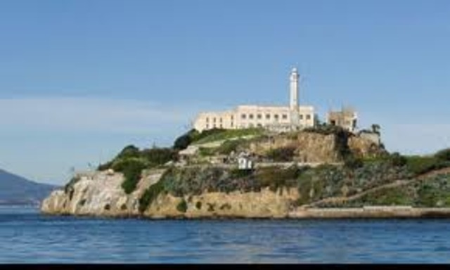 First Prisoners Arrive at Alcatraz Prison (Likely Including Al Capone)