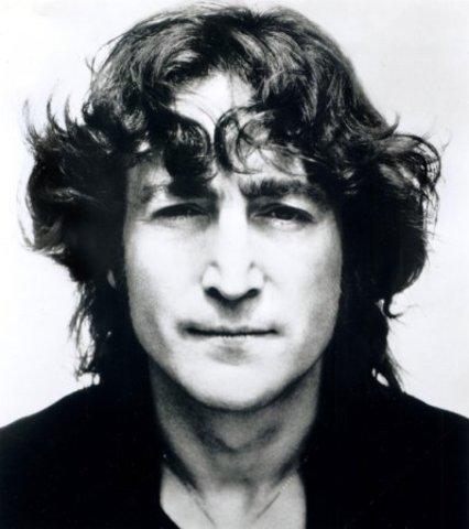 nacimiento de John Winston Lennon