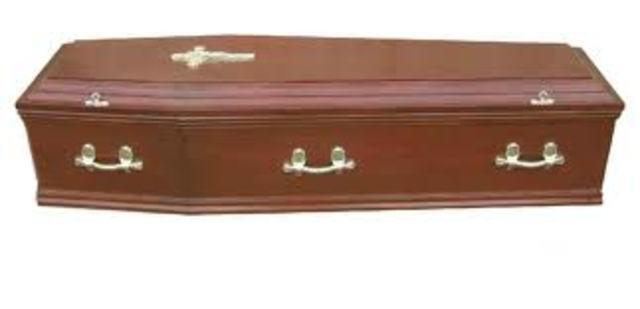 Dan Cody dies.