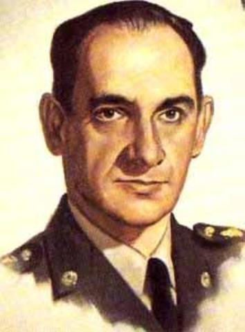 Junta Militar de Gobierno (Gral. Gabriel París Gordillo)