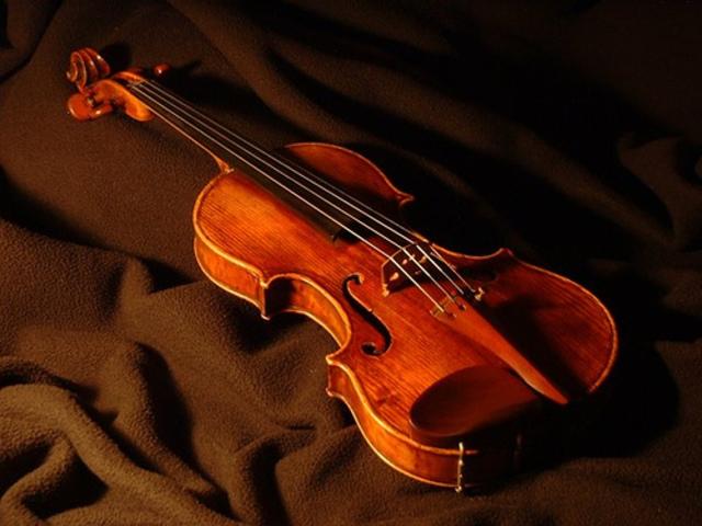 Handeling the Violin