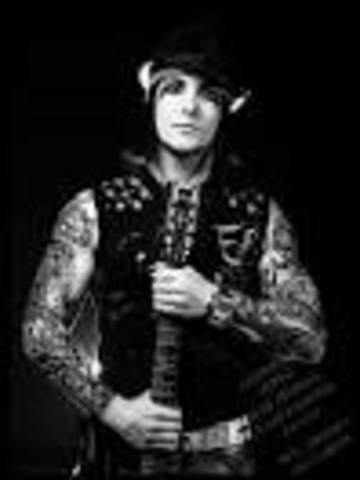 Synyster Gates (Brian Elwin Haner, Jr.)