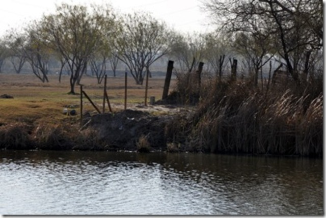Francisco and his men spend the winter on the Rio Grande River