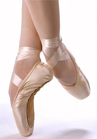 Je prepare pour une exam de ballet.