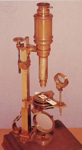 First compound microscope created