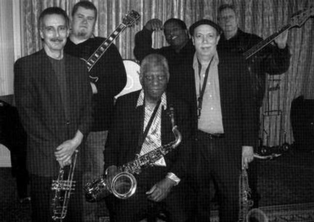 Antecedentes, el Rhythm and Blues.