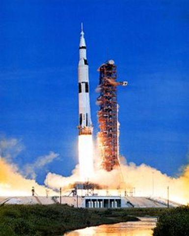 La lanzadera espacial.